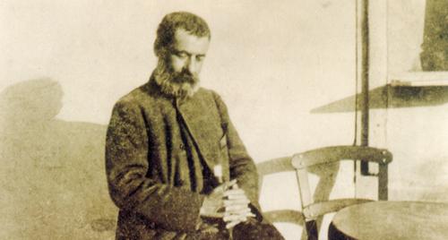 Λεπτομέρεια φωτογραφίας του Παπαδιαμάντη από τον Νιρβάνα το 1906