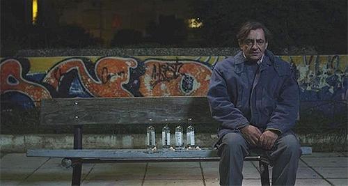 Στιγμιότυπο πό την ταινία «Άδικος Κόσμος» του Φίλιππου Τσίτου (2011)