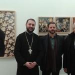 Ο Αρχιμανδρίτης Ευστάθιος Ραφτόπουλος (α), ο καλλιτέχνης Στράτος Καλαφάτης (μ) και ο Πρόεδρος της Ελληνικής Κοινότητας της Τεργέστης, κ. Giorgio Contento (δ)