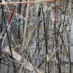 Ελεάννα Μαρτίνου, Junction/ Disjunction, 2015 (100 x 300 x 200 εκ., μικτή τεχνική, ευγενική παραχώρηση της Eleftheria Tseliou Gallery)