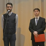 Ο Διευθυντής του Ελληνικού Ιδρύματος Πολιτισμού στο Βουκουρέστι, κ. Claudiu Sfirschi-Lăudat απευθύνει σύντομο χαιρετισμό. Δεξιά, ο αντιπρόεδρος του Ρουμανικού Ινστιτούτου Πολιτισμού, κ. Mihaly Nagy. (φωτογραφία: Mihai Cratofil)