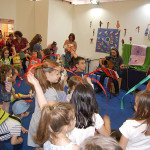 Φωτογραφικό στιγμιότυπο από την Παιδική Γωνιά στην 13η ΔΕΒ Θεσσαλονίκης [12-15 Μαΐου 2016].