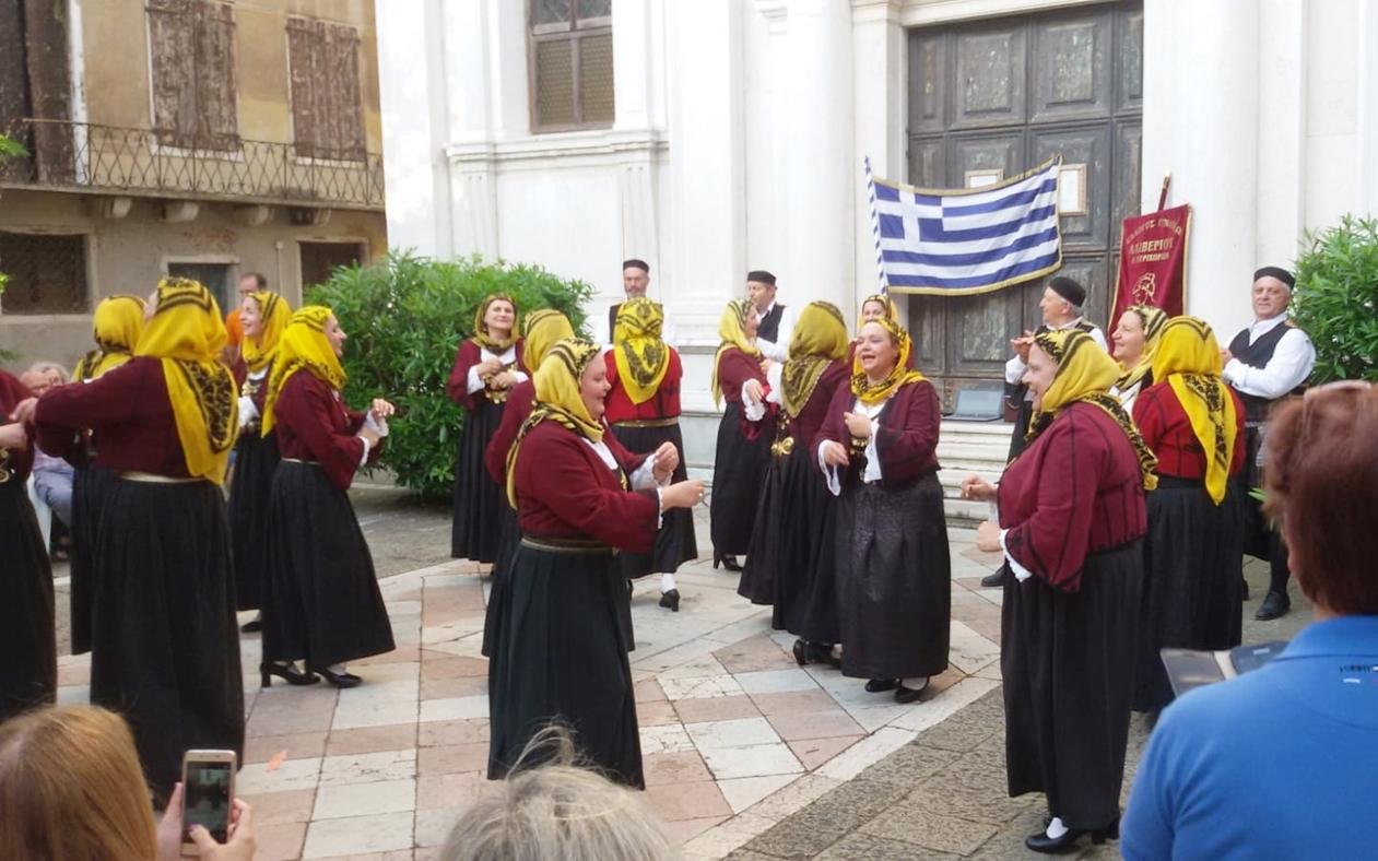 Ελληνικοί παραδοσιακοί χοροί στη Βενετία, Campo dei Greci Castello 3412, Παρασκευή, 28 Μαΐου 2019.