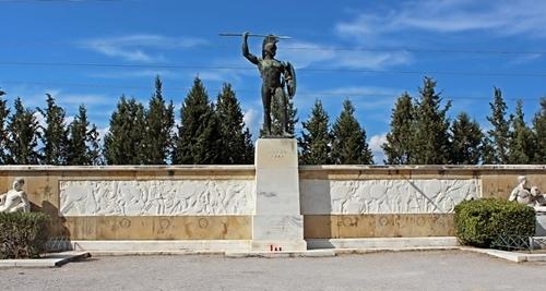 Άποψη του μνημείου του Λεωνίδα