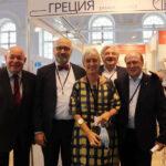 Από αριστερά: Μιχαήλ Σβιντκόι, Πρώην Υπουργός Πολιτισμού και νυν Ειδικός Εκπρόσωπος του Προέδρου Πούτιν για Θέματα Διεθνούς Πολιτιστικής Συνεργασίας, Δημήτρης Γιαλαμάς, Μορφωτικός Ακόλουθος της Πρεσβείας της Ελλάδας στη Ρωσία και εκπρόσωπος του ΕΙΠ στη Μόσχα, Αικατερίνη Νασίκα, Πρέσβης της Ελλάδος στη Ρωσία, Βλαντίμιρ Γκριγκόριεφ, Αναπληρωτής επικεφαλής της Ομοσπονδιακής Υπηρεσίας Τύπου και ΜΜΕ, Βλαντίμιρ Τολστόι (τρισεγγονός του Λέοντος), Σύμβουλος του Προέδρου Πούτιν για Πολιτιστικά Θέματα.