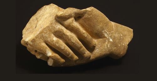 Basorelief funerar (fragment), sfârșit de secol IV î.Hr. Copyright: Muzeul de Artă Cicladică