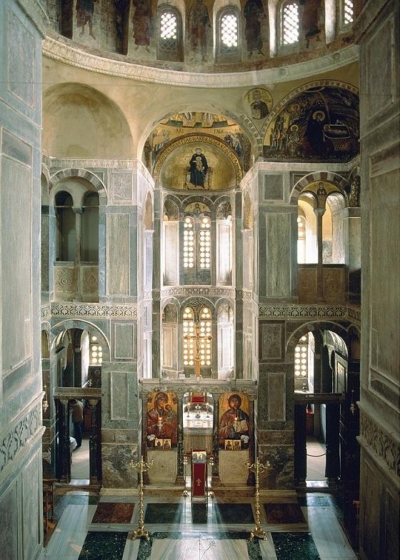 Interior of the Katholikon – Hosios Loukas. Courtesy Hosios Loukas Monastery.